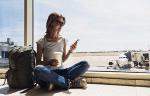 25 Ways to Save Money When Traveling in Airports