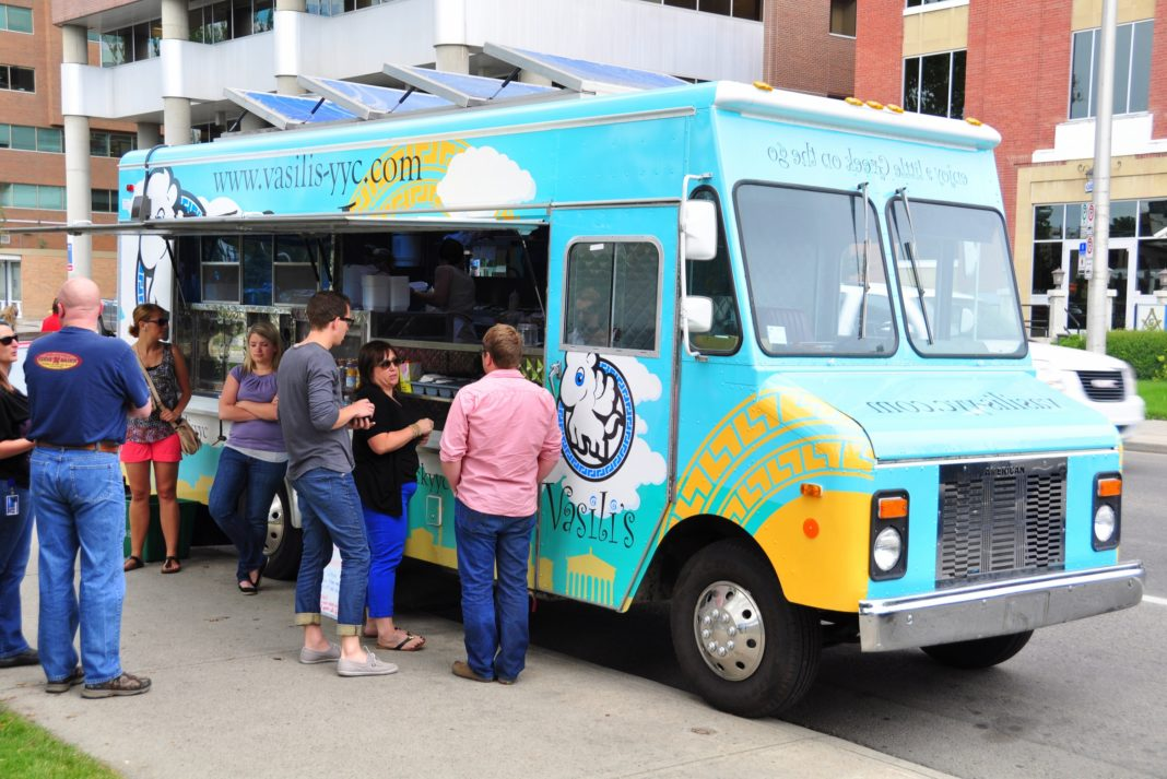 10 Best Cities For Food Trucks And Quick Cheap Eats