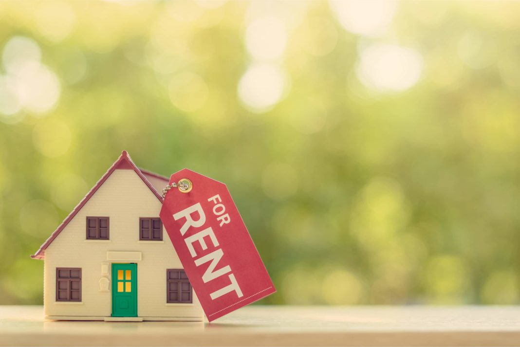 House For Rent Mini Figurine Tag