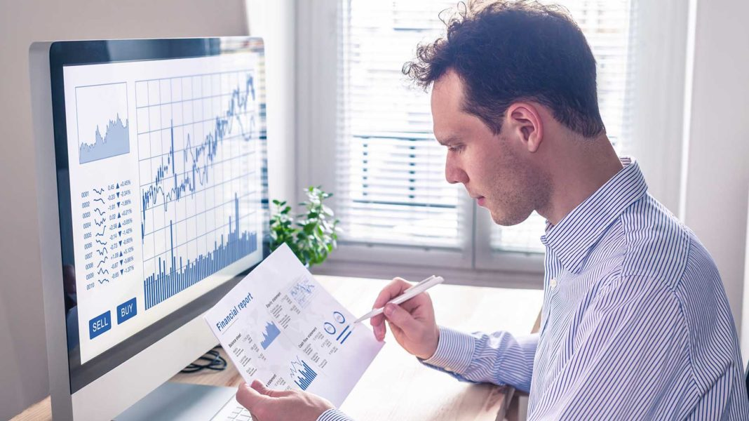 analyzing stock growth and financial report