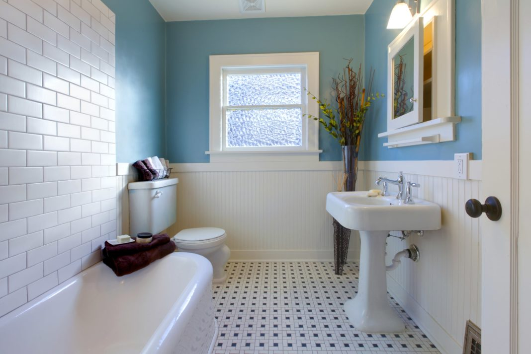 8 bathroom design remodeling ideas on a budget rh moneycrashers com