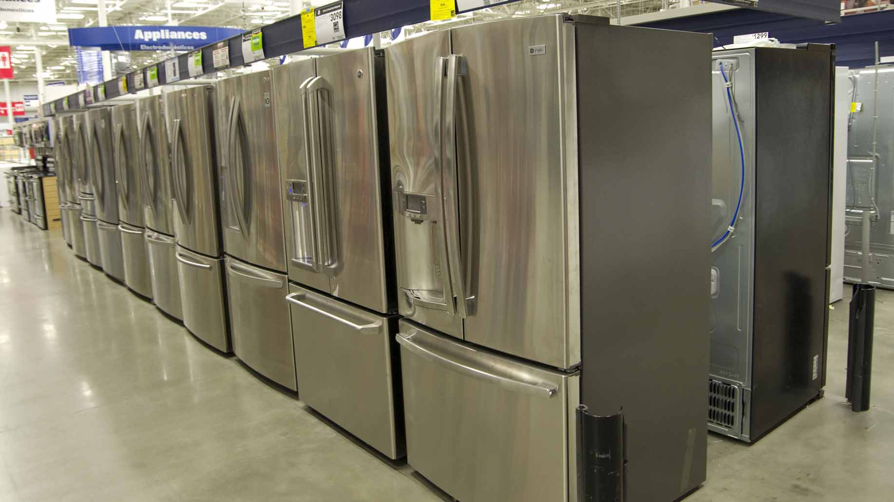 refrigerators for sale at lowes