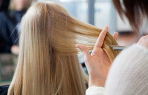5 Tips to Save Money at the Hair Salon and Make Your Haircut Last