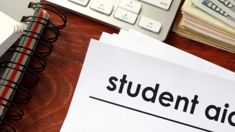 College Student Financial Aid Scams Fraud