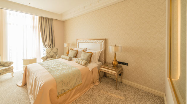 home staging bedroom