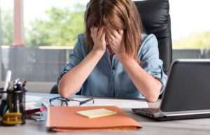 17 Tips to Deal With Workplace Burnout & Job Stress