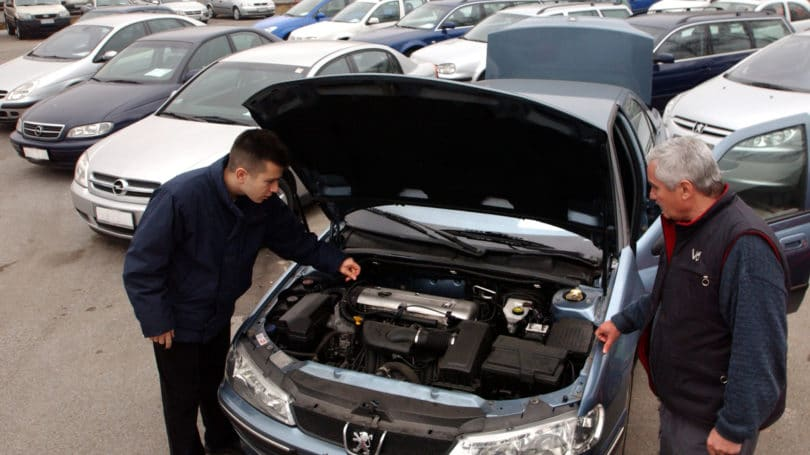 What to Check for When Buying a Used Car - 10 Warning Signs