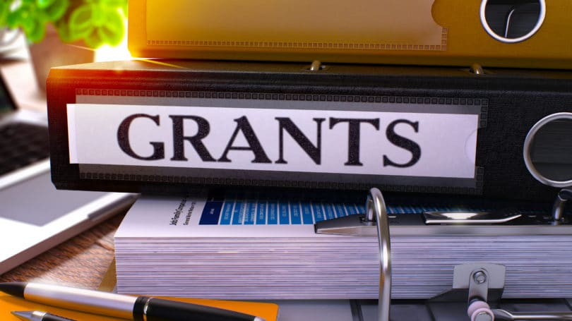 Apply Scholarship Grants