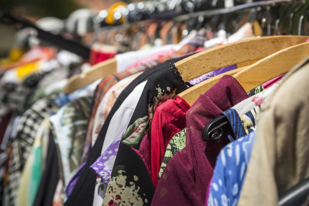 aa9ef5d3662 8 Ways to Make the Most of Thrift Store Clothing Finds