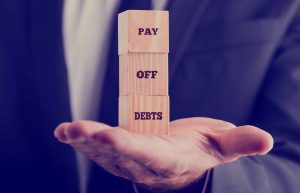 Best Way to Pay Off Debt – Snowball vs. Avalanche vs. Snowflaking