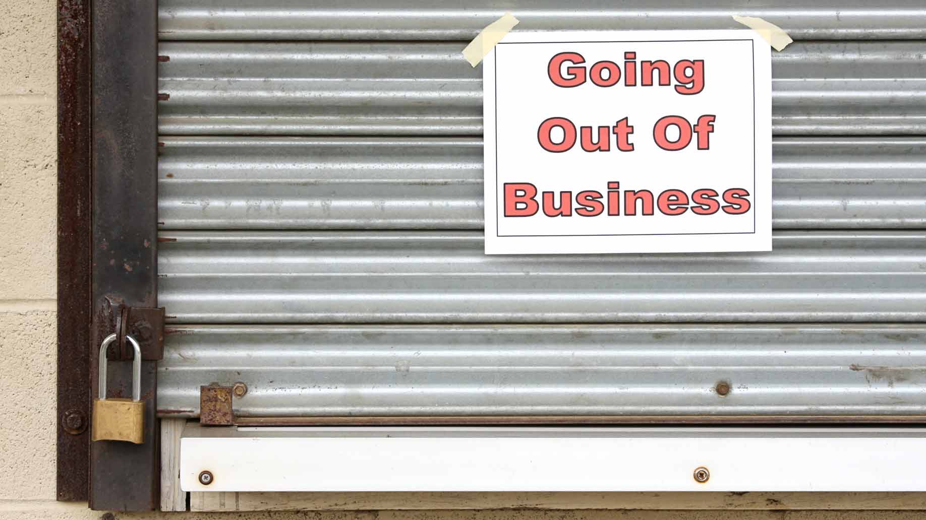 going out of business shuttered sign