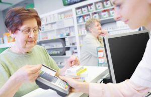 How Prescription Drug Discount Cards Can Save You Money at the Pharmacy