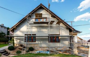How to Buy a Fixer-Upper House – Save Money & Avoid Risks