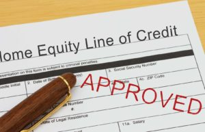 What Is a Home Equity Line of Credit (HELOC) – How It Works, Pros & Cons