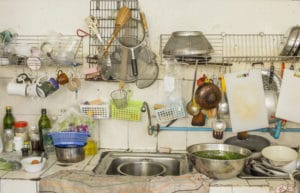 How to Declutter Your Kitchen in 5 Easy Steps to Save Money