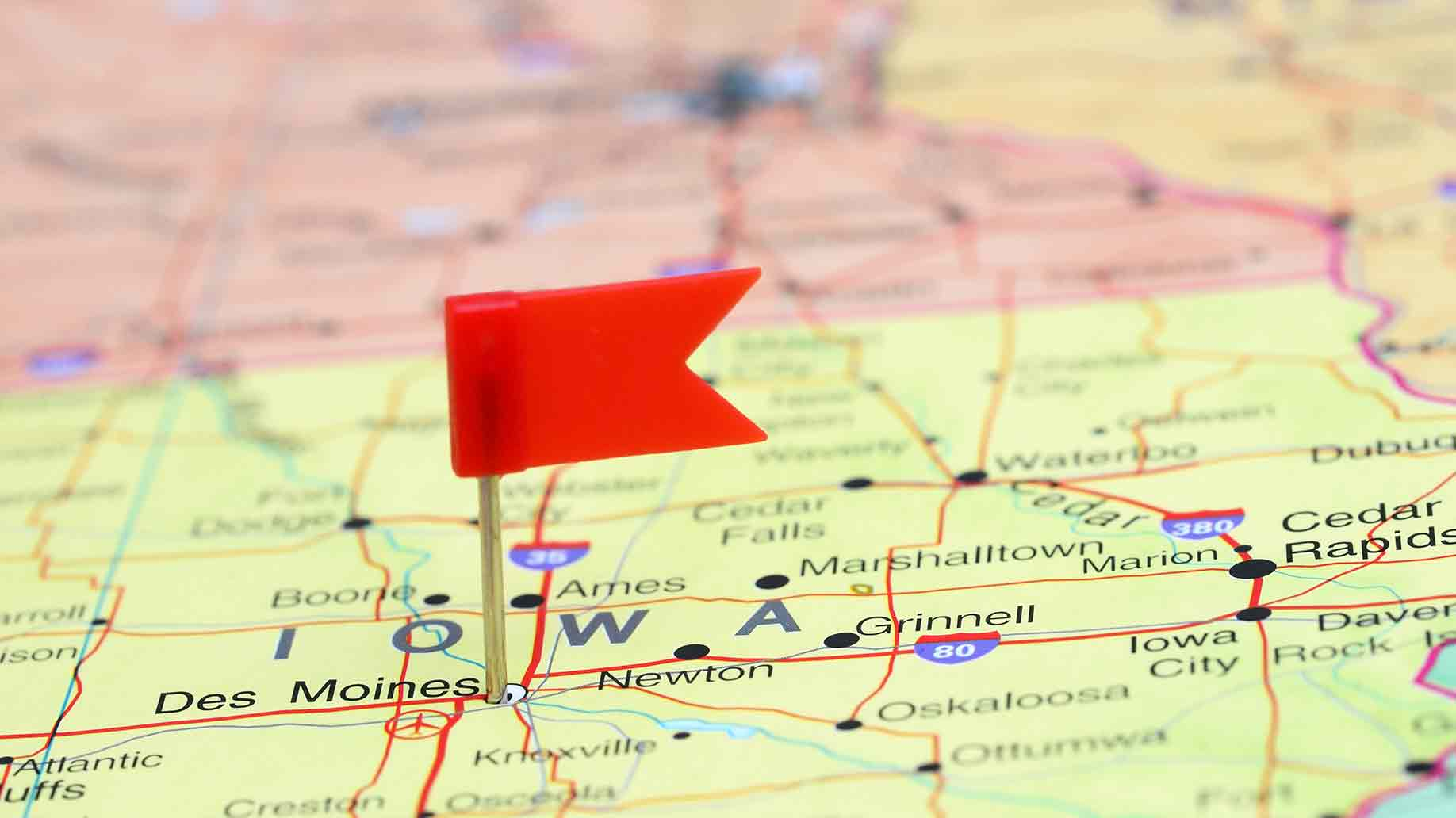des moines pinned on usa map