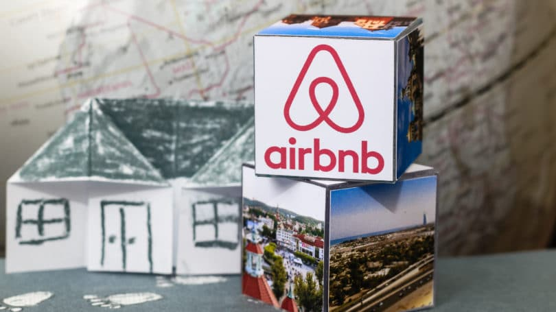 Airbnb Cubes Photos Boxes Map