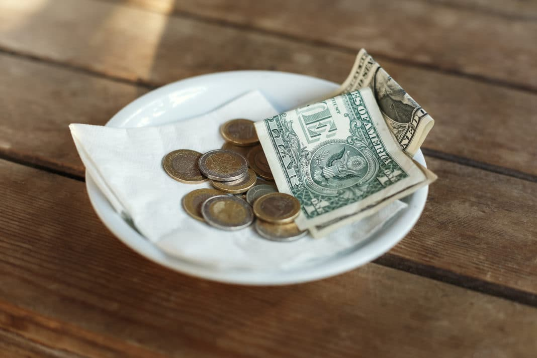 Money Crasher Tipping Guide