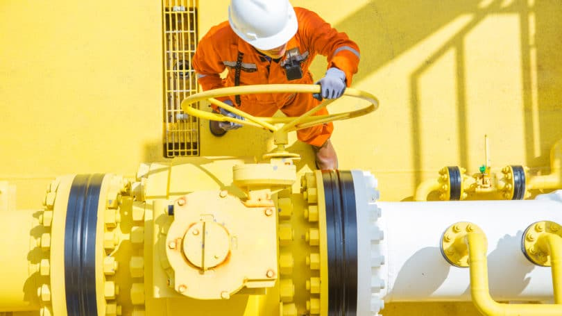 Oil Rig Worker Yellow Engineer