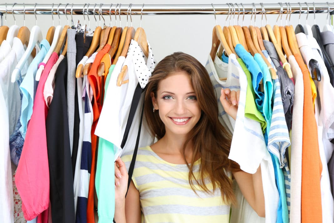 Organize Clothes Clean Out Closet