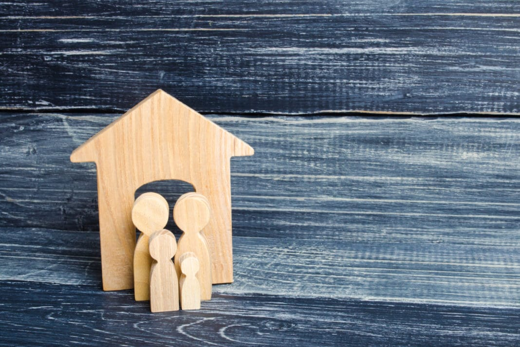 Wooden Figures House Family