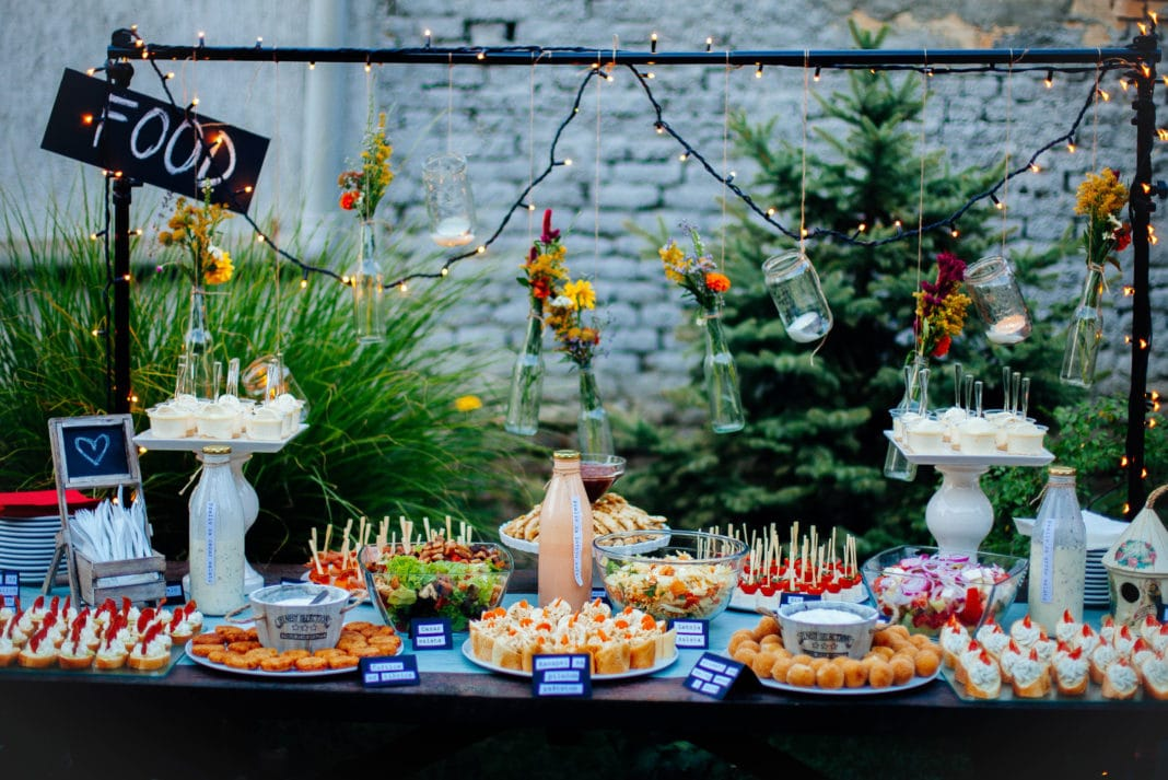 5 Affordable Bridal Shower Food & Menu Ideas